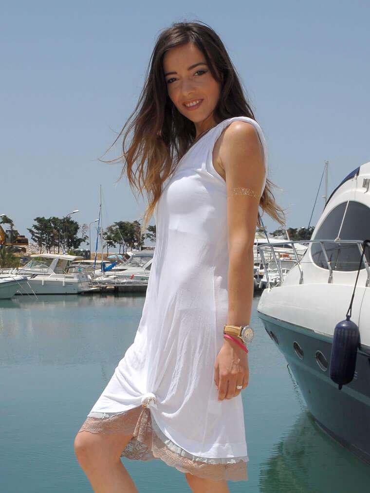 Φόρεμα Μίνι με Τελείωμα Δαντέλα Ενός Ώμου - Λευκό