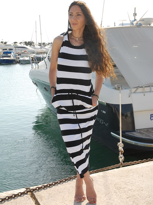 Φόρεμα Ριγέ με Κουκούλα Αθλητικό - Άσπρη/Μαύρη Ρίγα