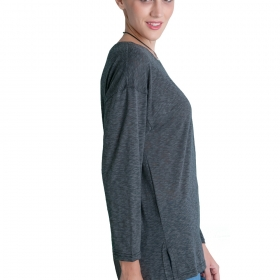 7ea507e80141 Γυναικεία φαρδιά μπλούζα ασύμμετρη μαζί με το κολιέ - Prestige Fashion